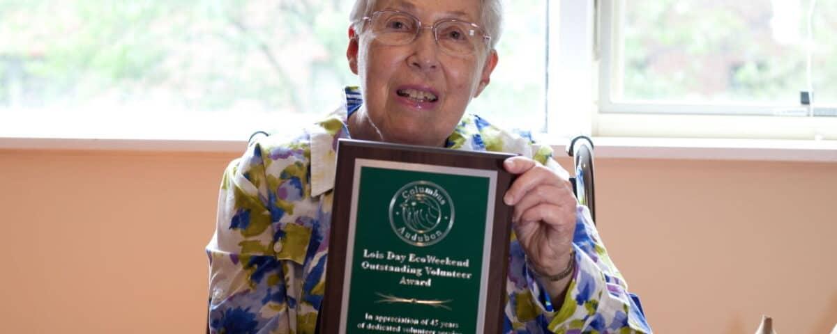 Lois Day with EcoWeekend Volunteer Award