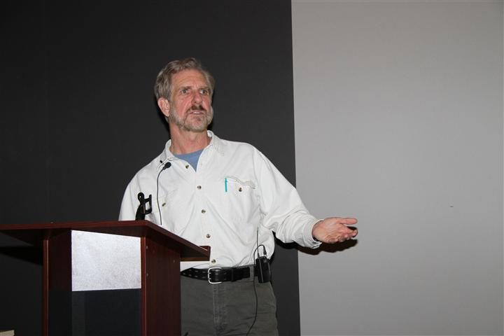 Kenn Kaufman addresses the crowd at the 2012 Annual Meeting