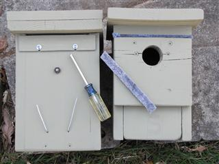 A sliding panel, tightened with screws, is used to close the back ventilation slot, whereas felt weather stripping plugs the front slot to make it cozier for roosting bluebirds during winter months.